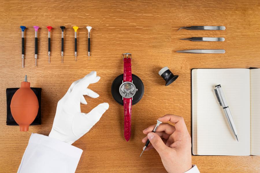 WARRANTY AND POST-WARRANTY SERVICES FOR YOUR WATCH
